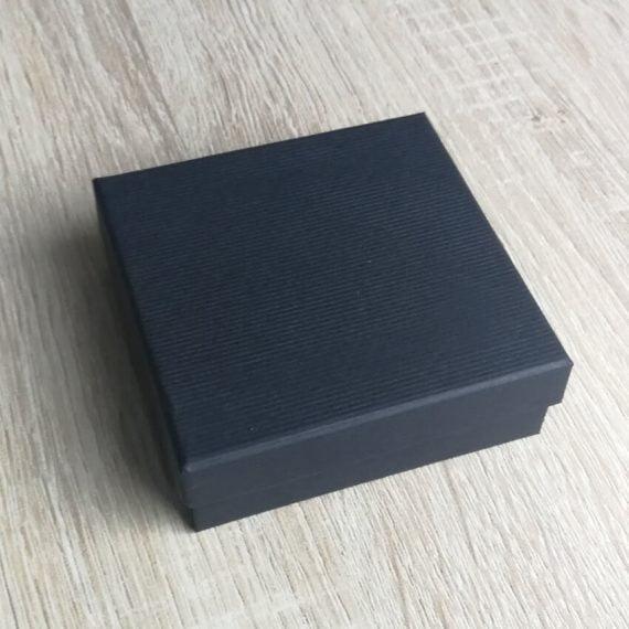 Elegantná čierna papierová darčeková krabička na set